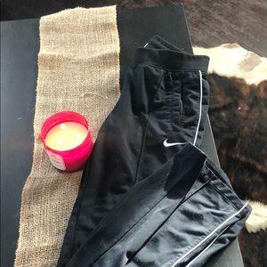 Black Nike sweat pants women's